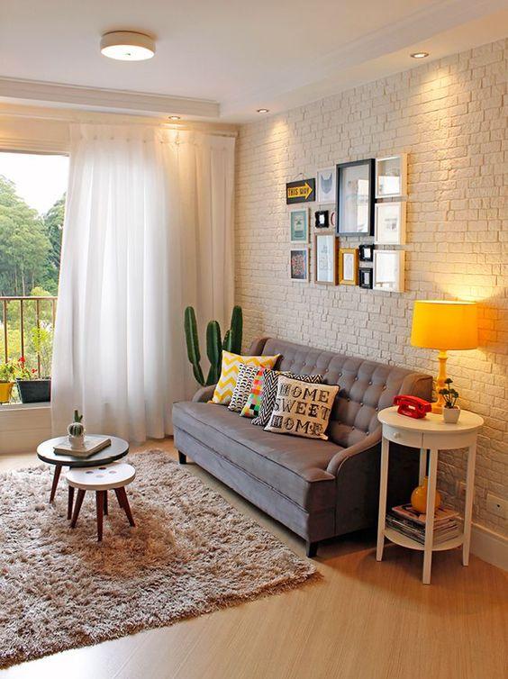 10 inspira es de mesa lateral para a sua sala tallita for Sillones para salas pequenas