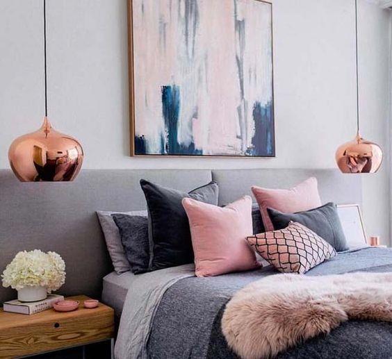 decoração rosé gold lustre quarto de casal