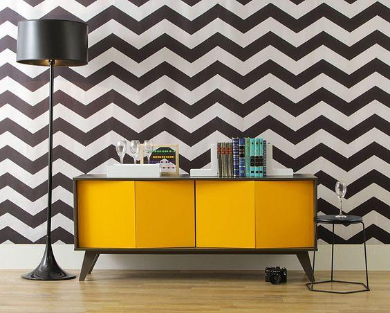 decoracao com aparador moderno amarelo