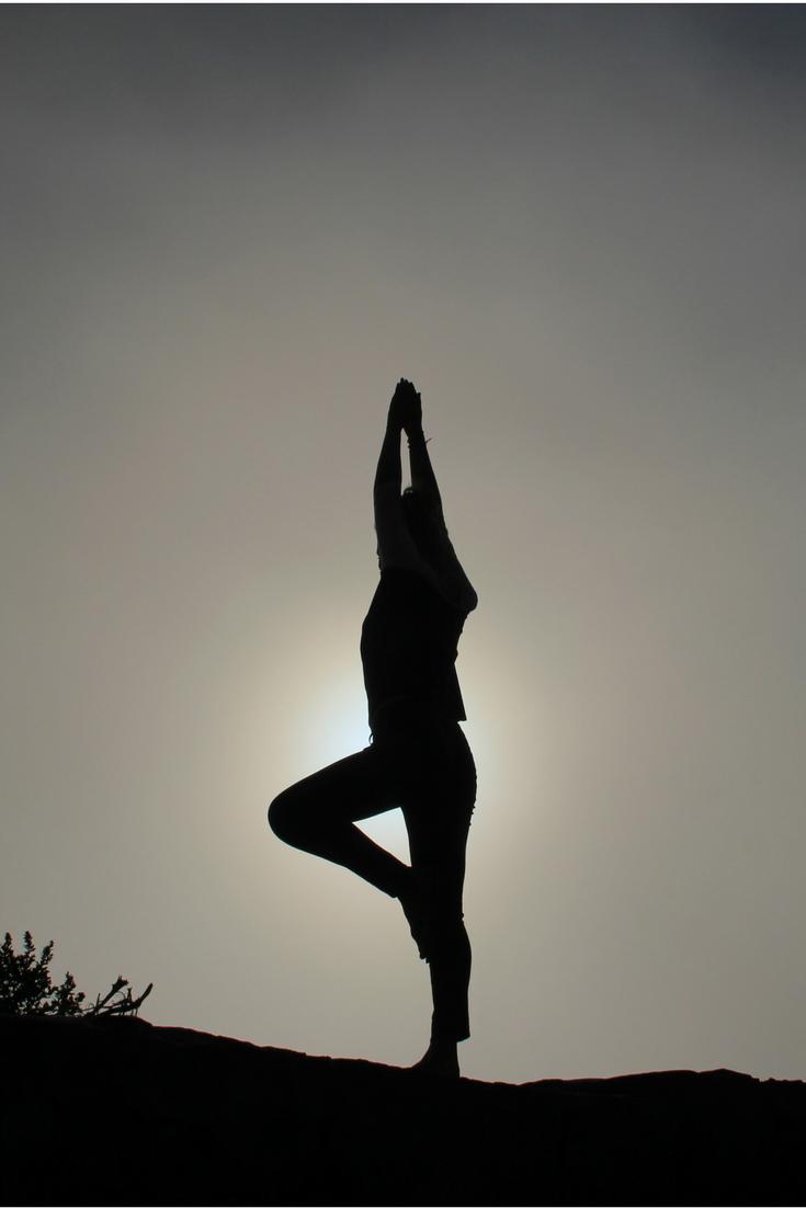 benefícios do yoga para iniciantes