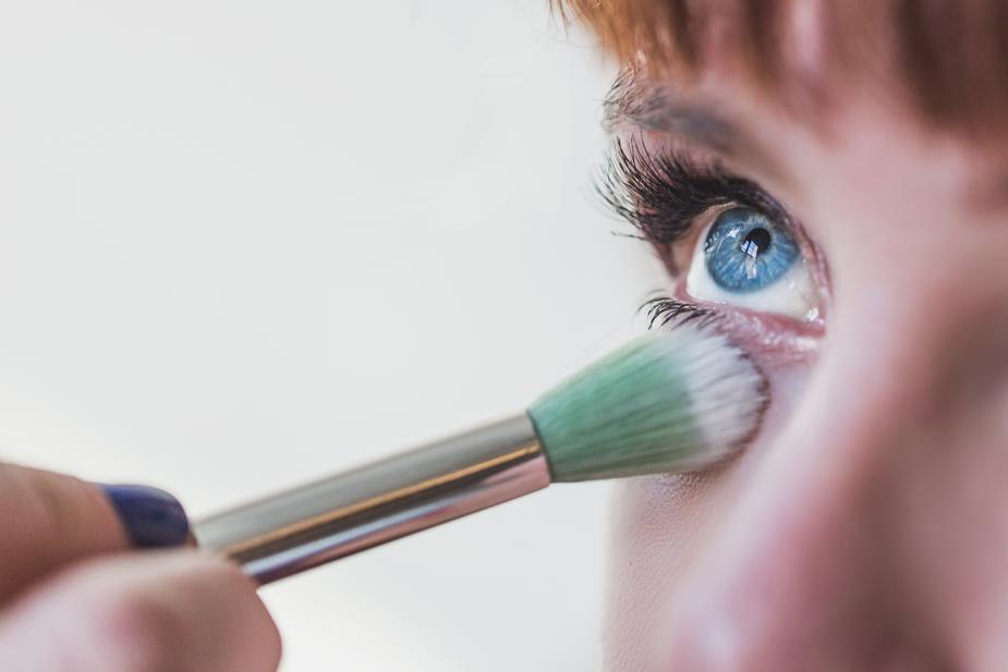 como se maquiar quando usar corretivo